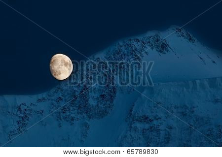 Moon over Belukha