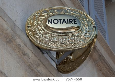 a sign of a notary