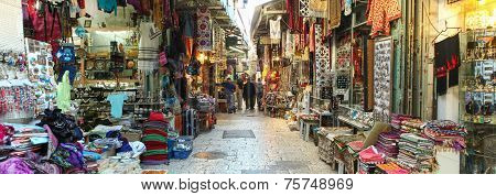 Tourists at Jerusalem's old city market