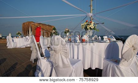 Table Set Up At The Beach Wedding