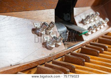 Pedal Organ Music