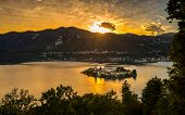 Постер, плакат: San Giulio Island Sunset Hdr Version