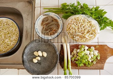 Ingredient of several vegetables and shrimp for cooking