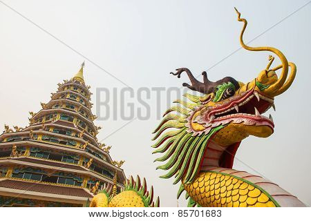 Dragon statue and pagoda at Hyuaplakang temple ,Thailand