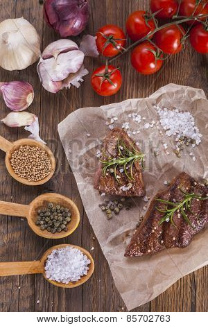 Excellent Fried Beef Served With Vegetables And Spices