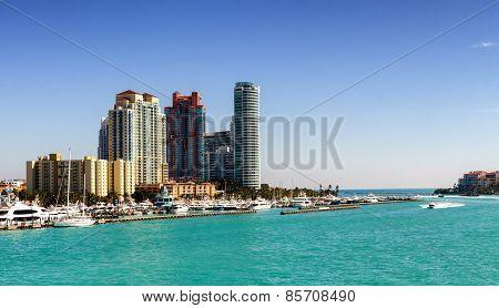 Miami Bay And Downtown Skyline