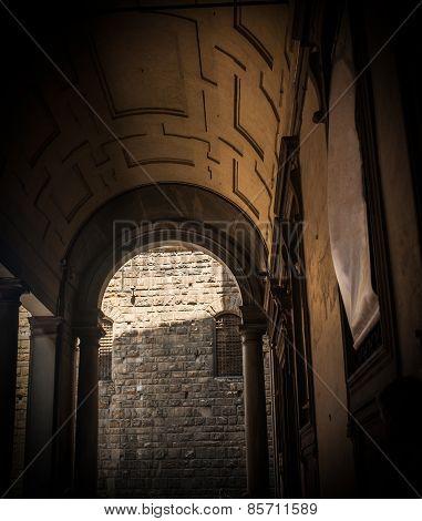 Arch Of Entrance Of Galeria Degli Uffizi