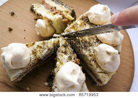 Cake Women's Quirks