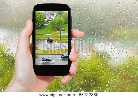 Tourist Photographs Of Shower In City