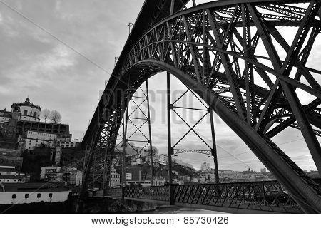 D.Luis Bridge