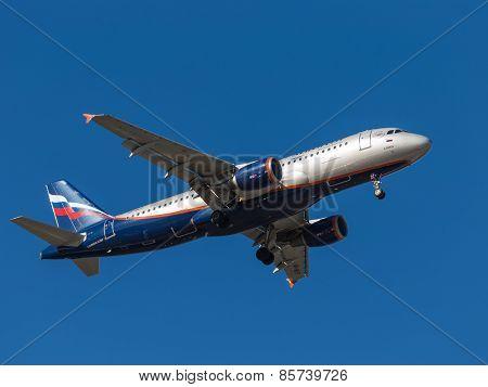 Airbus A320, A. Popov