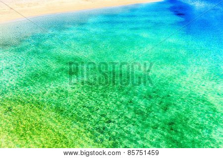 Emerald green ocean in Okinawa