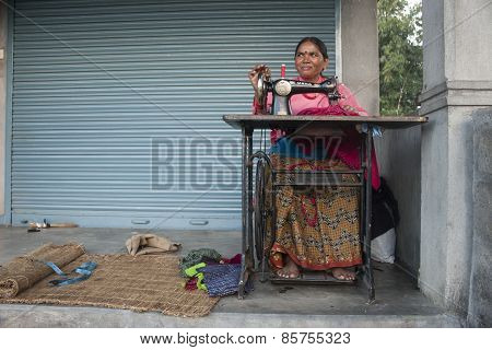 The Woman Sews