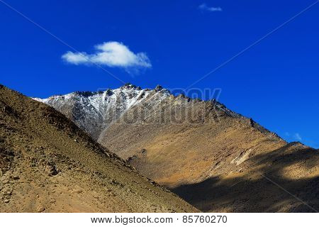 Landscape Of Ladakh, Changla Pass, Jammu And Kashmir, India
