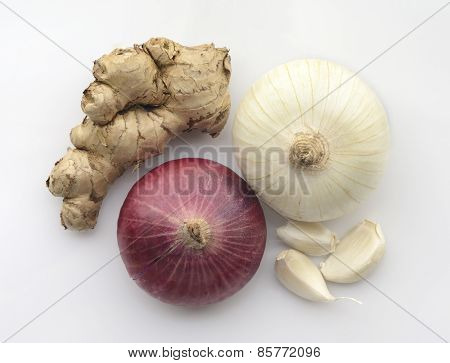 White and Red Onion with Ginger, Garlic cloves.