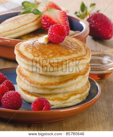 Small Pancakes With Fresh Berries