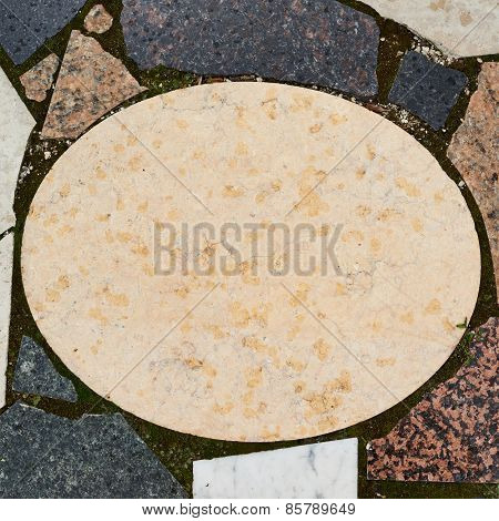 Marble oval copyspace plate