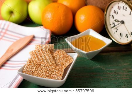 Breakfast With Sesame Wafers And Fruit