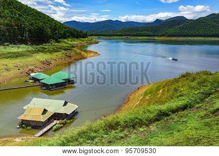Mae Ngad Dam And Reservoir
