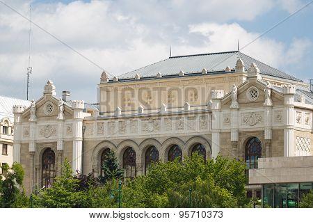 Vigado Concert Hall, Budapest