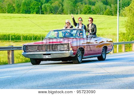 Red Ford Galaxie 1968