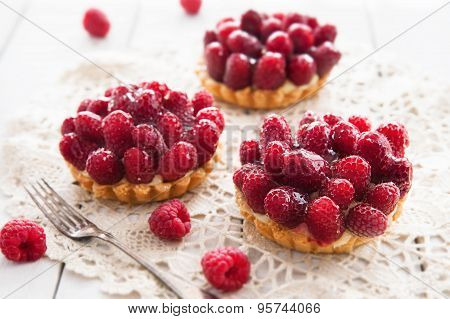 Delicious tart with bery fruits