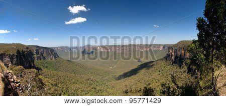 Blue Mountain Near Sydney In Australia..