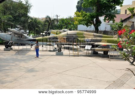 Us Air Force Airplane In The War Remnants Museum. Saigon, Vietnam