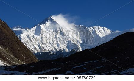 Majestic Mountain Cho Oyu