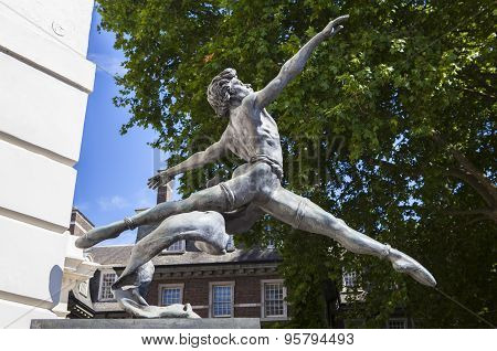 Ballet Dancer Sculpture In London