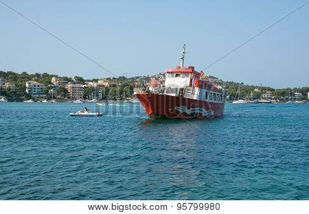 Red ferry Jumbo II