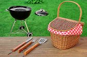 Постер, плакат: Weekend Summer Outdoor Bbq Party Ot Picnic Scene