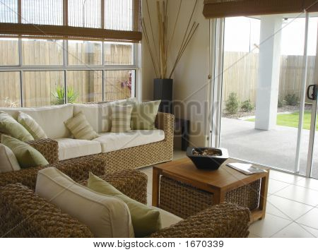 Bright Open Plan Living