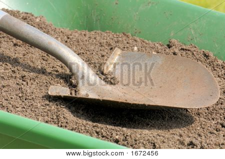 Gardening-Shovel-Sandy Soil-Wheelbarrow