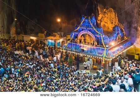 Thaipusam Crowd