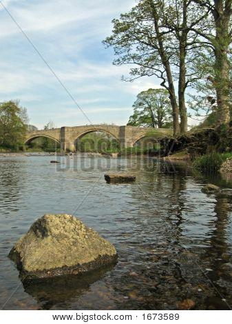 River Wharfe Bridge