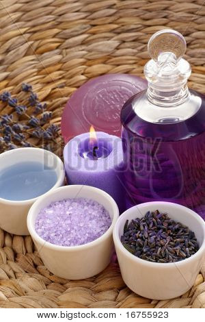 aromatic lavender bath - bath salt bath gel and lavender flowers