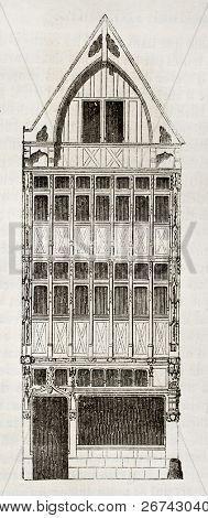 Casa de madeira velha, em Rouen, rue Palu-Mal. Autor não identificado, publicado no Magasin Pittoresque, P