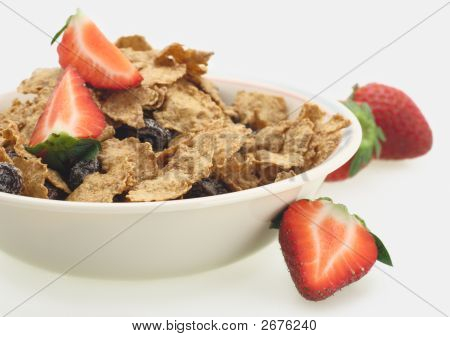 Breakfast Sereal And Strawberry