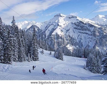 Pendiente en el centro de esquí Olmo. Suiza
