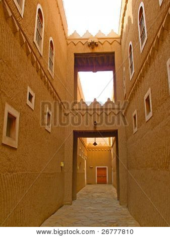 Narrow street of the old Riyadh