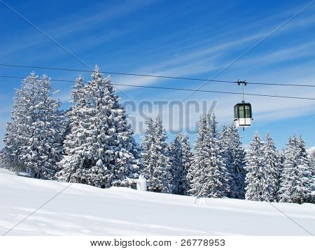 Winter in Schweizer Alpen (Flumserberg, St. Gallen, Schweiz)