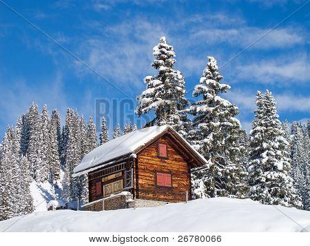 Winter in Schweizer Alpen (Braunwald, Glarus, Schweiz)