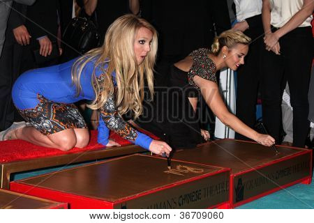 LOS ANGELES - SEP 11:  Britney Spears, Demi Lovato at the FOX  X-Factor Judges Handprint Ceremony at Graumans Chinese Theater on September 11, 2012 in Los Angeles, CA