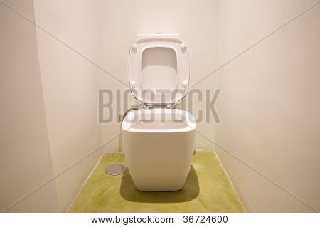 White Watercloset Open