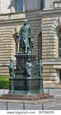 Estátua em Berlim