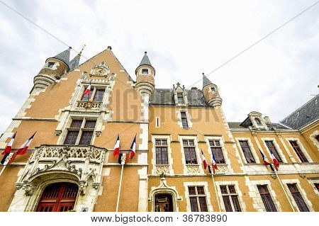 Etampes Rathaus
