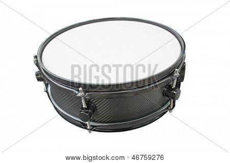 tambor aislado bajo el fondo blanco