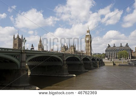 The House of Parliament and Big Ben in London
