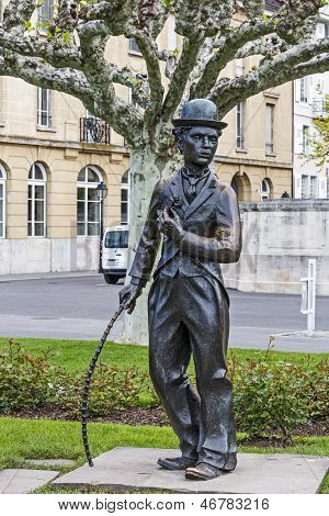 Charlie Chaplin Statue In Vevey